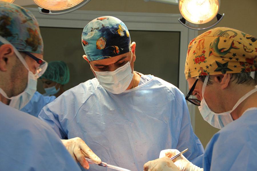 Висш пилотаж в ортопедичната хирургия демонстрират в Плевен